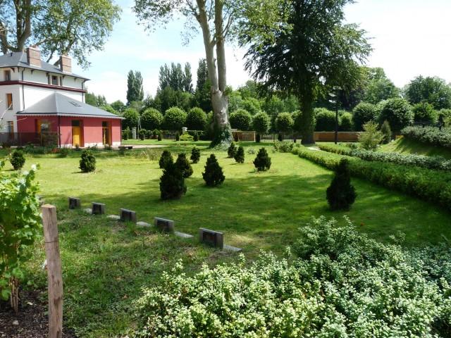 louviers - jardin de la villa calderon